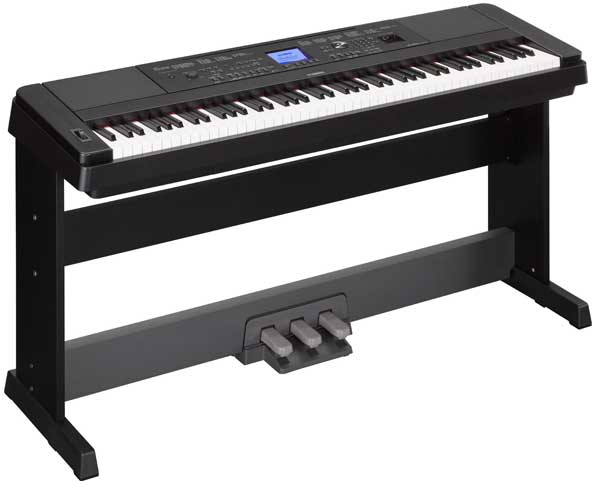 Yamaha DGX-660 Electronic Keyboard